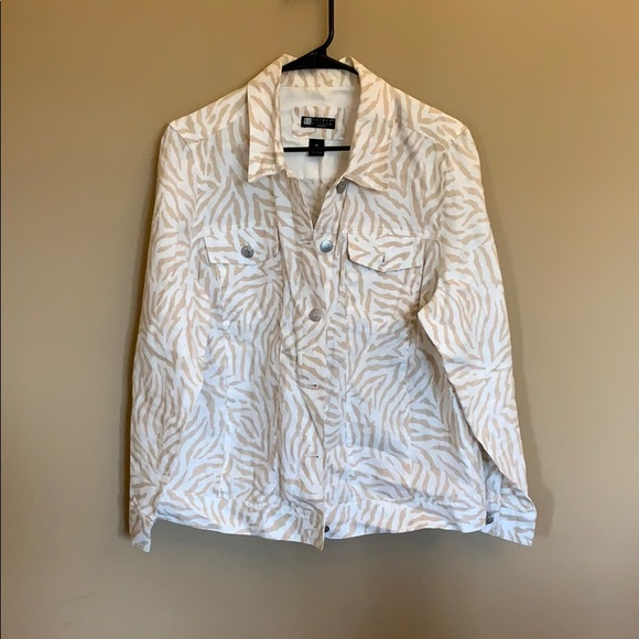 Carole Little Jackets & Blazers - Carole Little animal print jacket